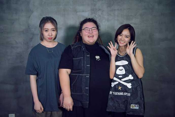 1022女声是中国第一个大学女生宿舍乐团,翻唱了众多经典好歌