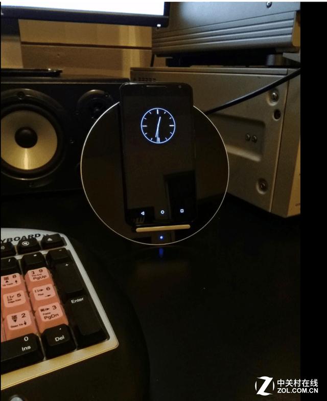 出类拔萃的艺术美:Luna超薄无线充电