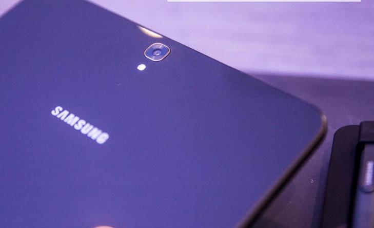 触感极好 纤薄感受 三星Galaxy Tab S3平板电脑入门