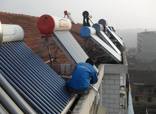 太陽能熱水器不熱,老師傅出奇制勝熱水用不完