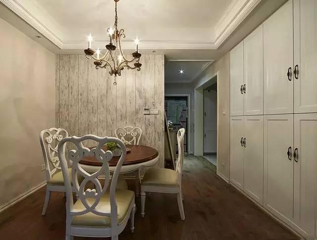 老婆狠砸30万装修新房,说这是新中式风格,一般人真是欣赏不来
