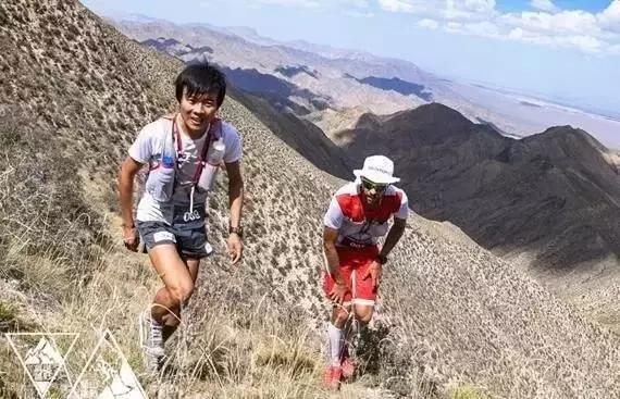 跑圈新闻:亚丁越野运艳桥第5 女选手爬完马拉松引争议