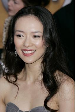 章子怡领衔娱乐圈被亲人拖累的9大明星
