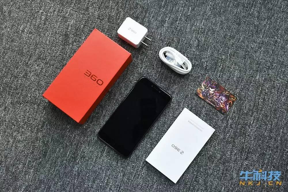 「拆箱」8GB运行内存千元手机长相飙涨!360 N5s拆箱感受