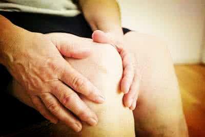 腰疼腿麻,小心患了腰椎间盘突出症!