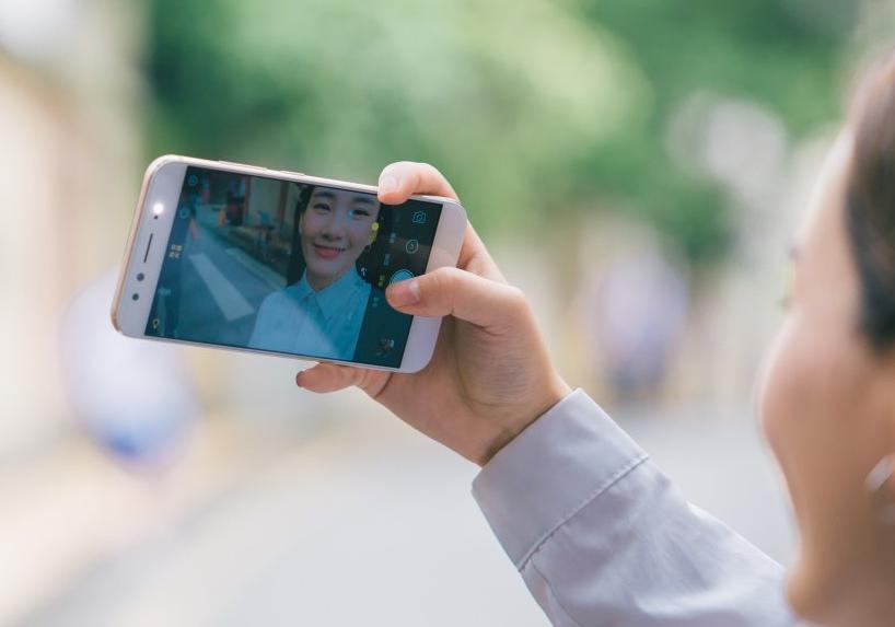 全世界双摄像头手机上交货超10%,vivo奉献仅次华为苹果