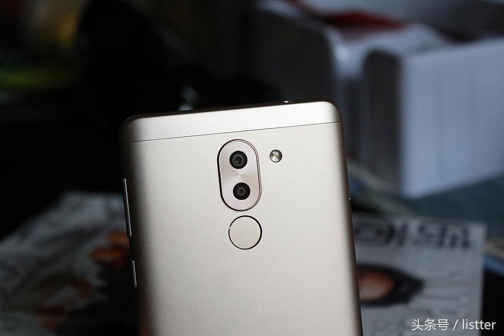 使用荣耀畅玩6X,一款发售大半年的手机上還是那麼热卖
