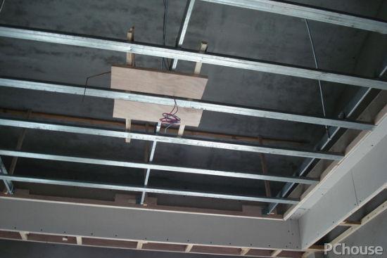 龙骨吊顶的种类 龙骨吊顶选购技巧