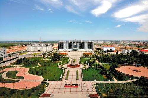 吉林一个县,人口70万,由清朝光绪皇帝御笔朱批设县