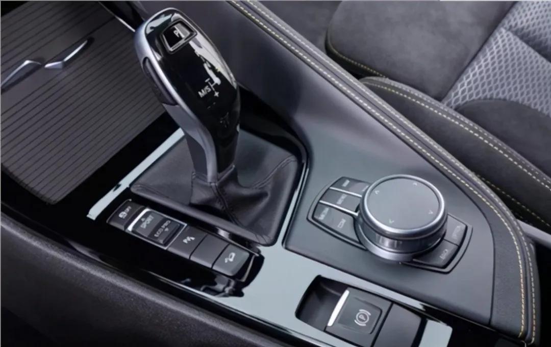 未来出行,创新BMW X2年轻小将个性担当