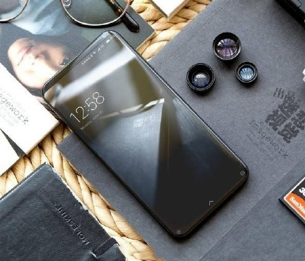 天,除开MIX2,小米手机或在11号公布曲屏旗舰级小米手机Note3