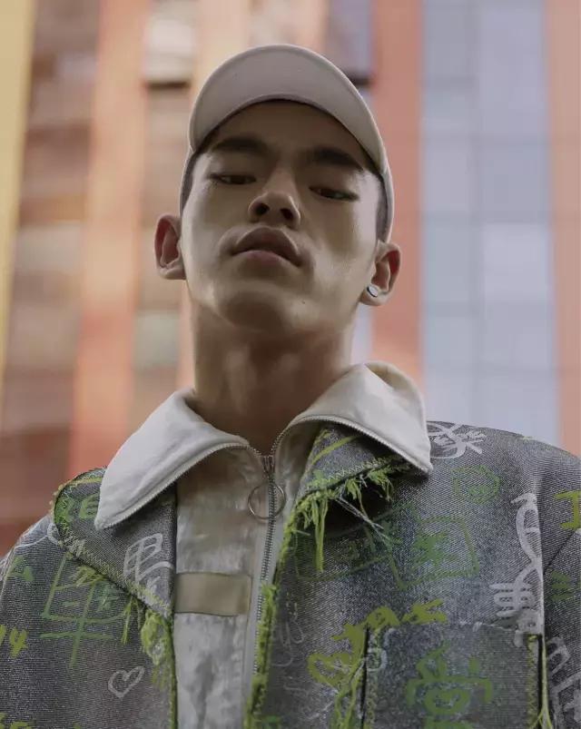 除了《中国有嘻哈》,还有哪些Rapper能帅到观众丢乳贴?