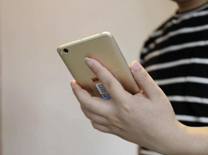 续航力神机小米手机MAX2发新版本,市场价意外惊喜了