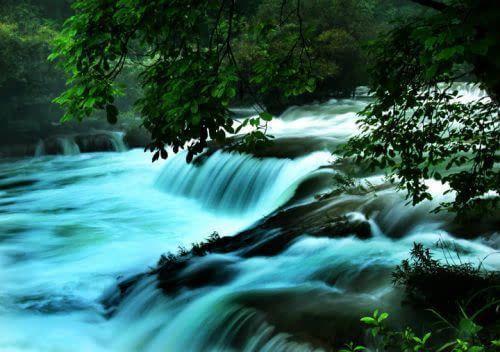 贵州有哪些旅游景点比较好玩(贵州省有哪些旅游景点和名胜古迹)