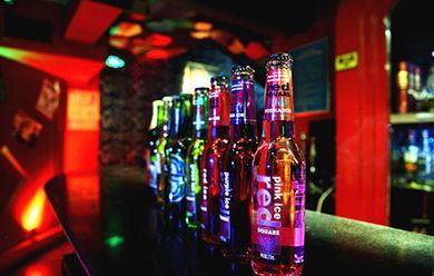 恰到好处的孤独:爱上酒吧的人 内心总是孤独的
