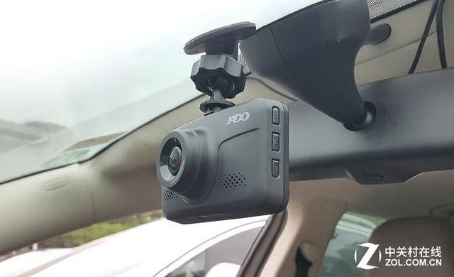 安装不遮挡视线,小巧隐藏式记录仪推荐