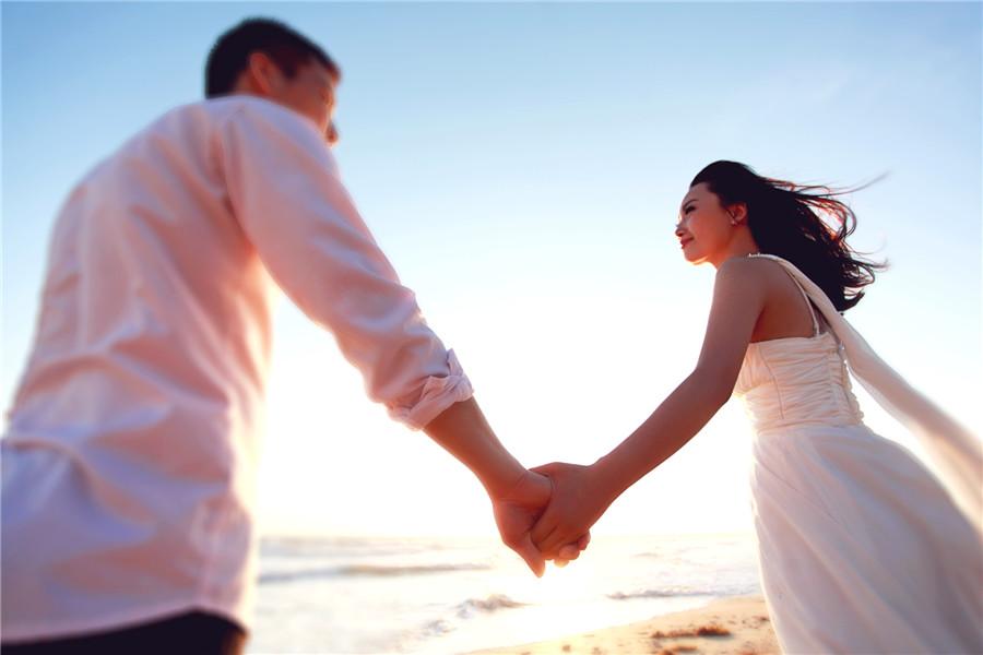 女人婚姻不幸福,但是又不想离婚,两种方法可以开始新的人生!