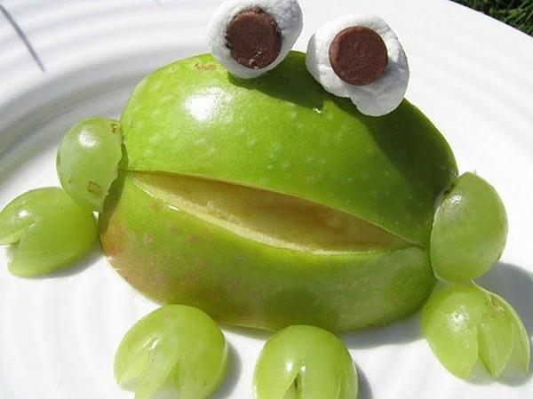 28个用水果砌出来的动物造型!太可爱了,你舍得吃掉吗? 水果砌出来的动物造型 第6张