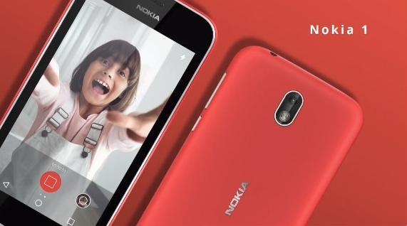 Nokia一口氣公布5款手機上,每一部都震撼了時光!