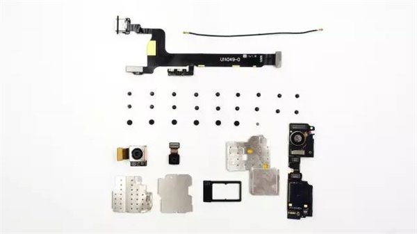 一加手机2真机拆解:布局较一代更合理