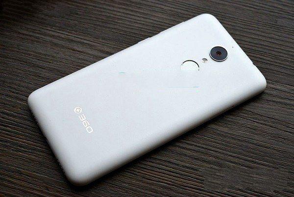 手机行业搅乱者乐视2互怼360N4,评评谁获胜?