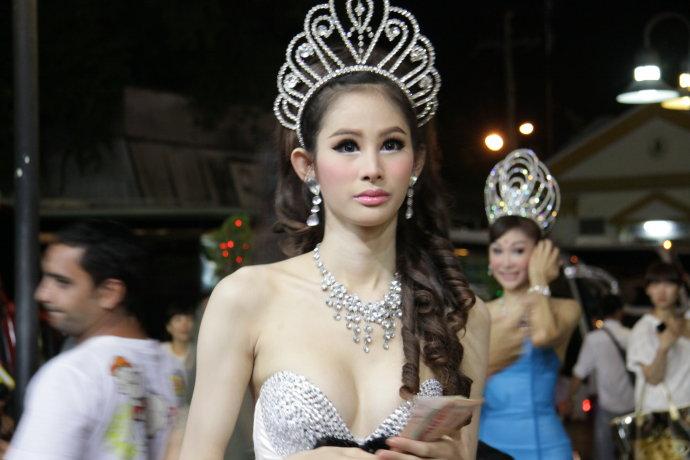 在泰国如何正确给小费?超详细解答!