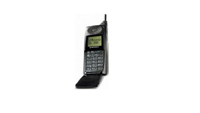 你了解全世界第一台手机上长什么样吗?历数这些更新全球的手机上