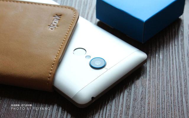 指纹验证加金属材料外壳的千元手机猛将-zte中兴威风凛凛3「图赏」