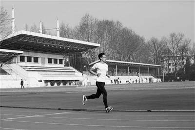 杭州最会跑步的麻醉医生 和你分享他在训练日是怎么吃的