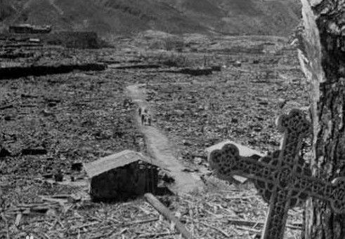 核打击后的日本平民生活,同是军国主义的牺牲者
