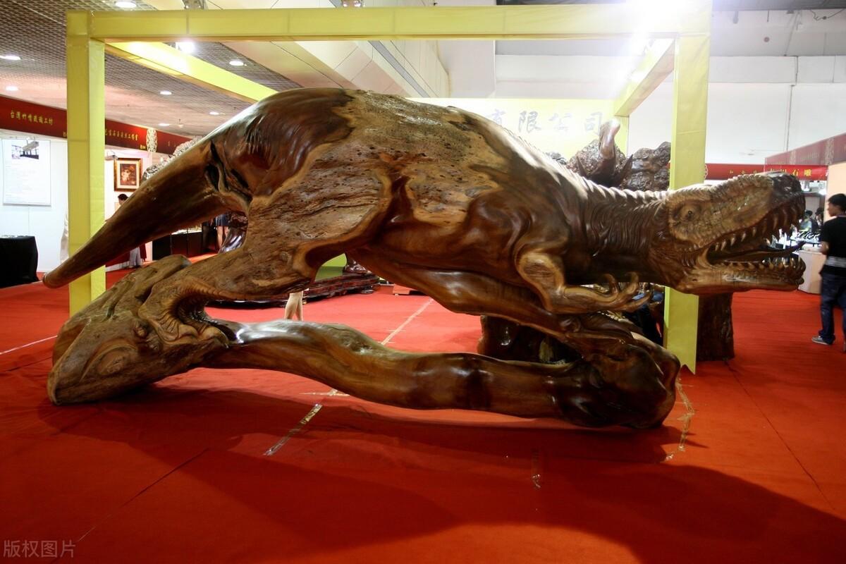 根雕:时间腐朽了树根,艺术让树根重生丨陕北工匠精神