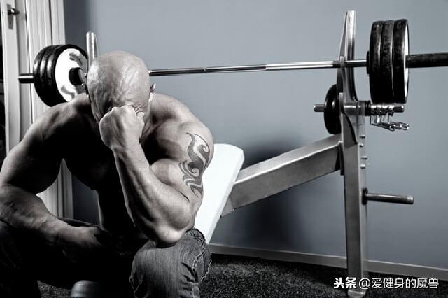 胸肌練那麼久都沒有變大,究竟是哪裡做錯了?