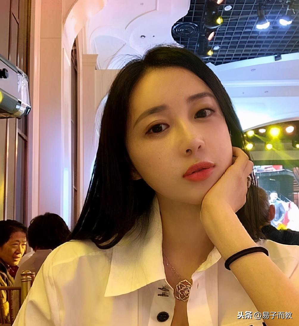 熱搜:上海名媛群聊天記錄事件曝光,什么拼單團購?