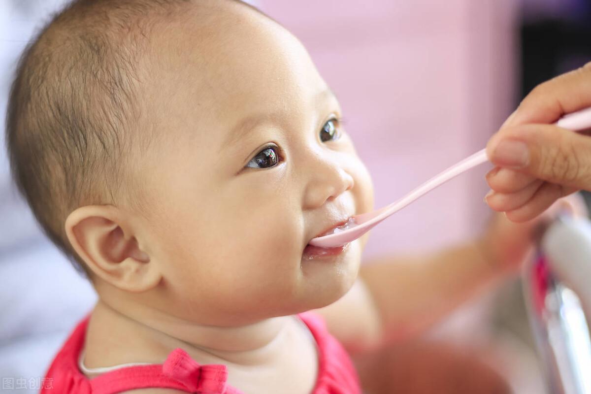6-12个月正确地添加辅食,宝宝吃对吃好,妈妈没烦恼