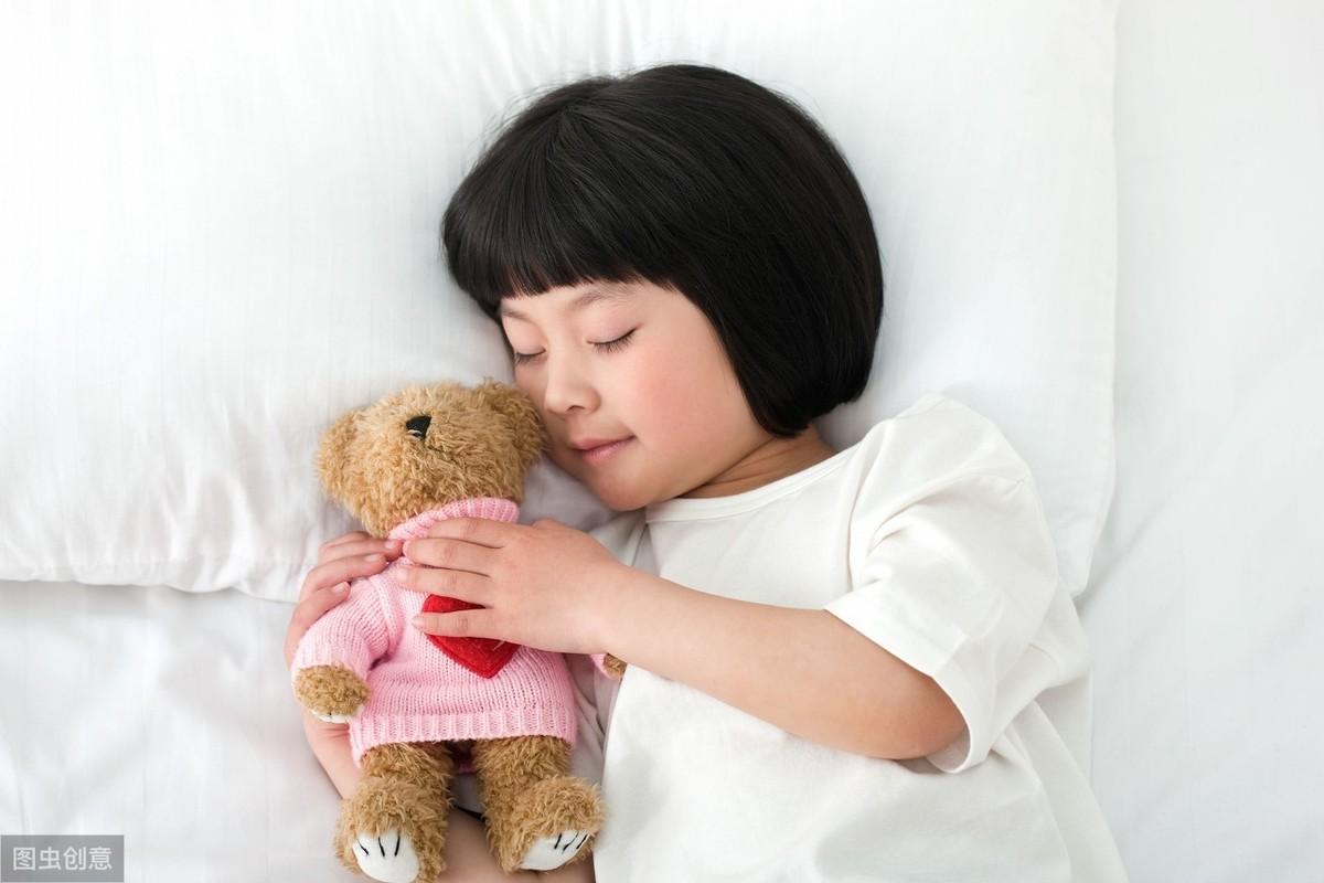 孩子摸耳朵、依恋小毯子…… 家务 第4张