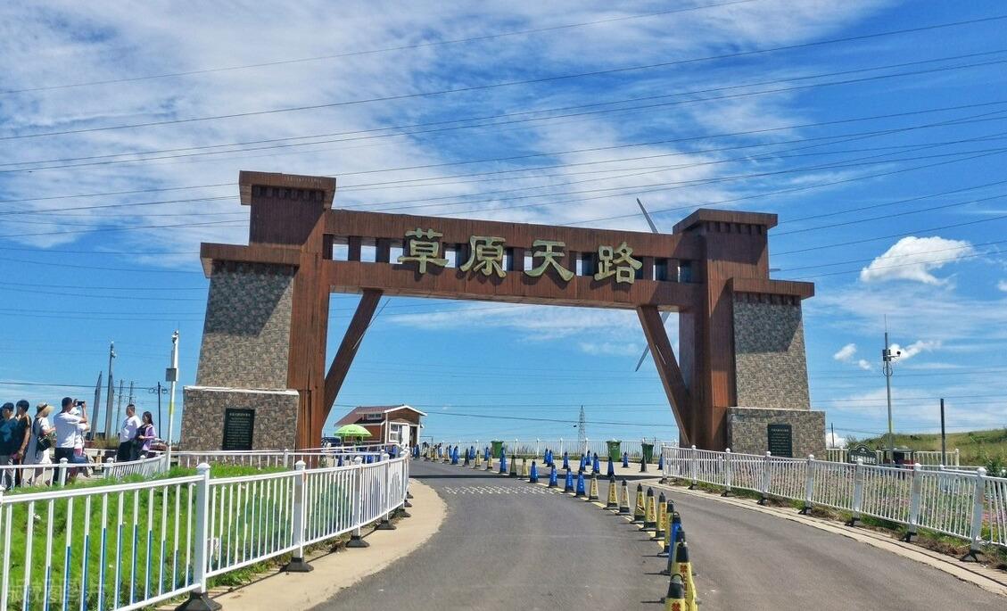 中国十大最美丽公路之一,中国的66号公路,不要错过最美的秋季