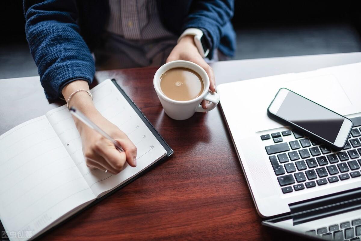 在职做副业,什么样的人适合写知乎赚钱,你知道吗?