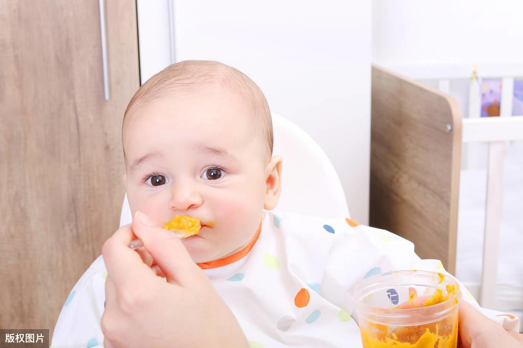 宝宝4-6个月吞咽期详细喂养攻略! 宝宝营养配餐 第1张