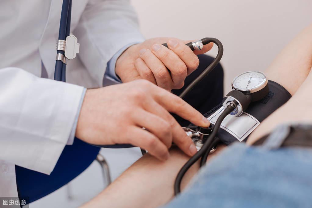 发现颈动脉斑块后,还需做这2个检查判断斑块性质,及时预防中风