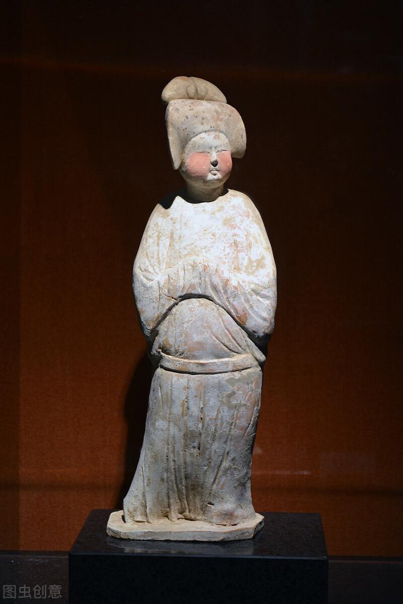 """唐代女性内衣""""合欢襕裙""""是何物?和今天的抹胸有什么区别?"""