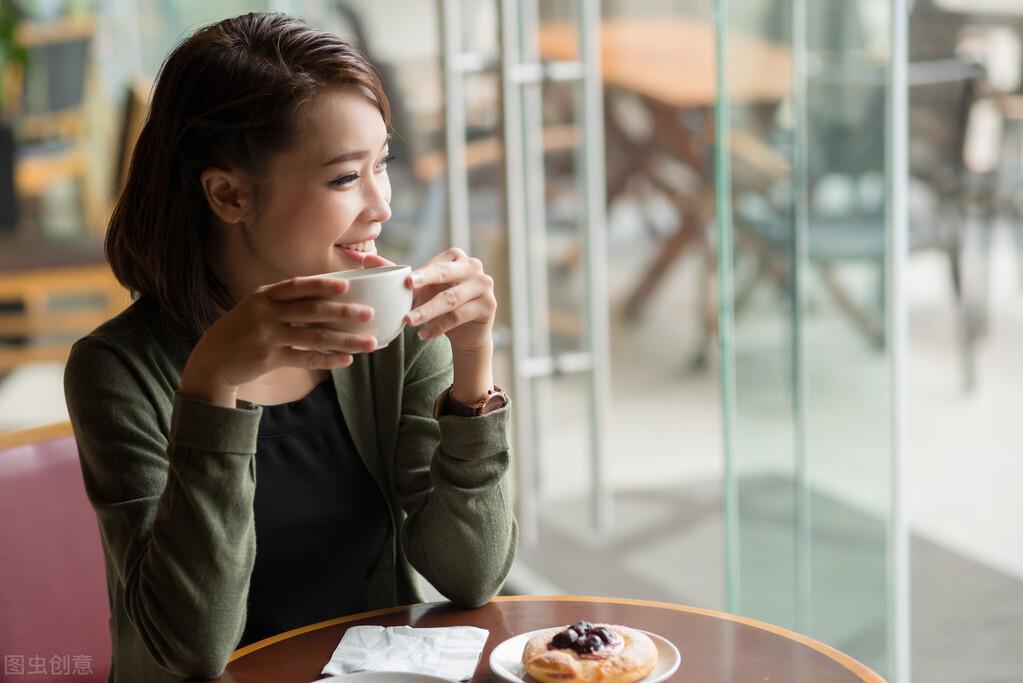 多喝水能有助减肥?坚持做好这5个饮食原则,减重很简单
