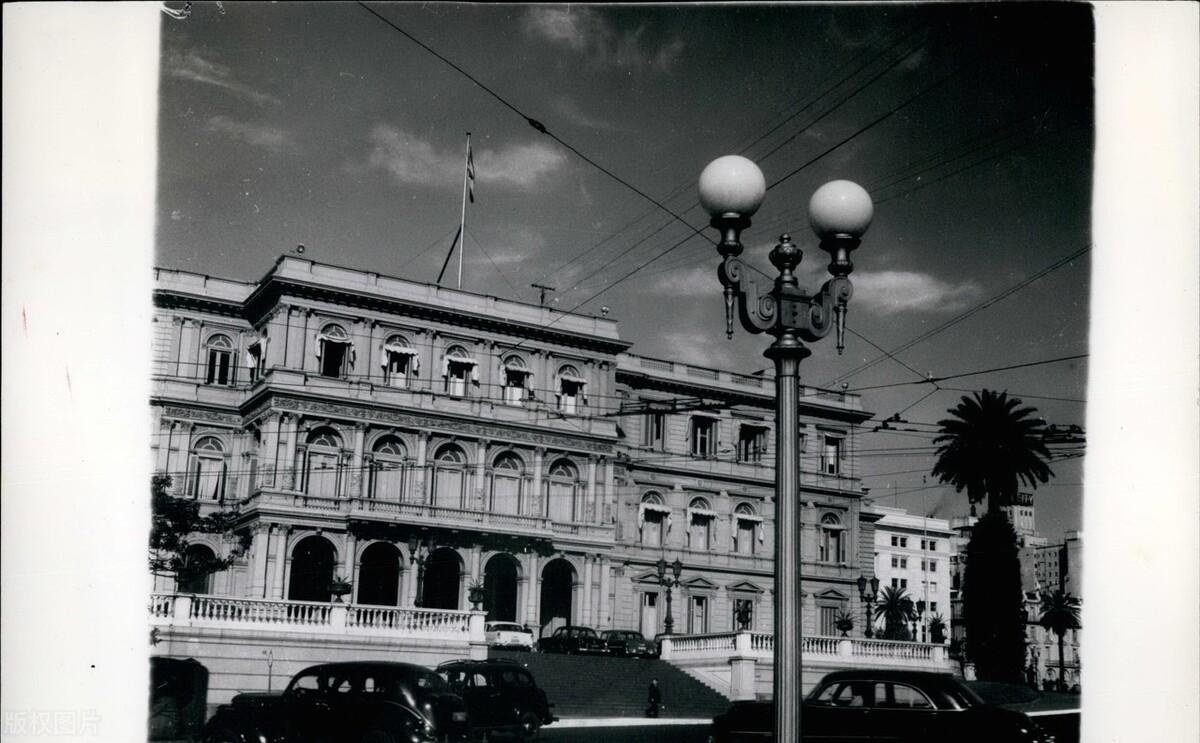 阿根廷将为马拉多纳在总统府玫瑰宫举行国葬,球迷无法接受死讯