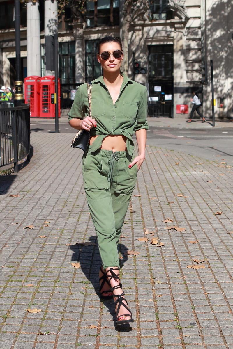 往年炎天最火的短上衣+工装裤,你布置上了吗?