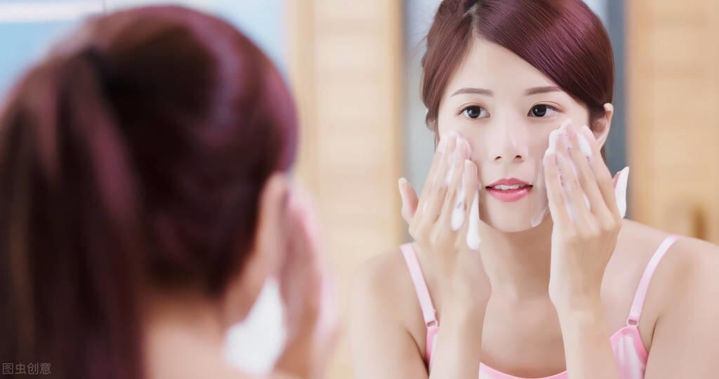 天天洗脸皮肤就会很好?这4个小细节要谨记,不但白洗还会伤害皮肤