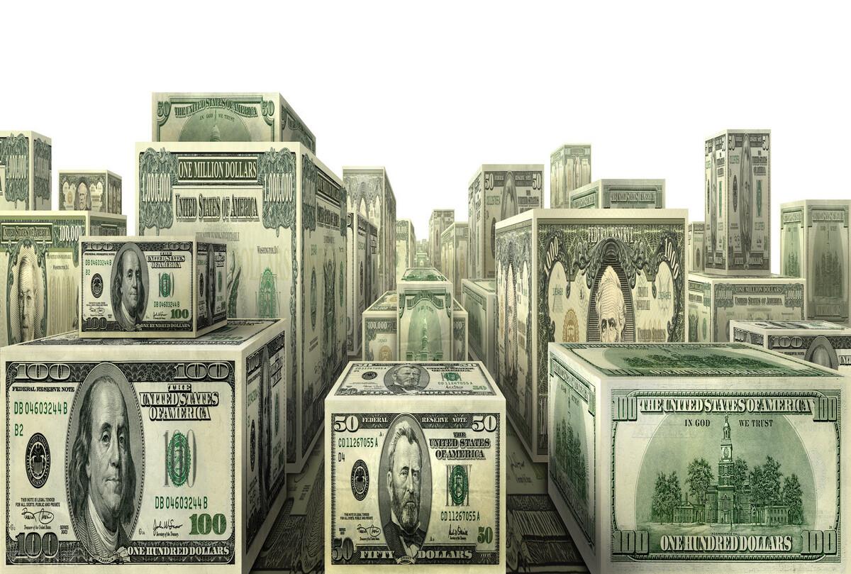 单价5.5万美元,比特币总市值超万亿,全球央行逼马斯克们进场