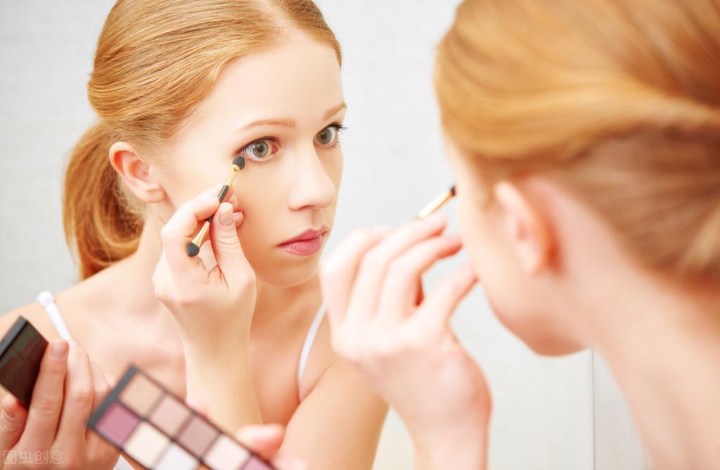 正确的化妆步骤是怎样的?一步一步为你详解