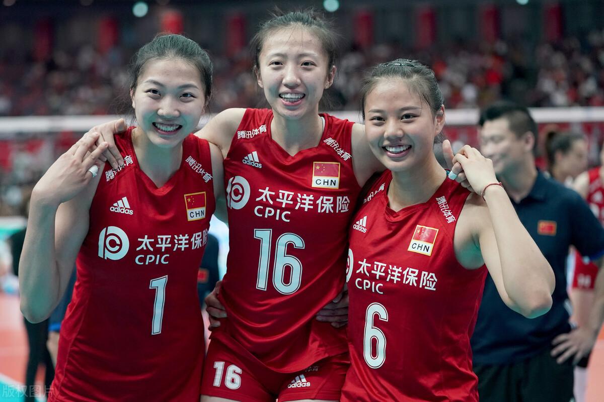 恭喜!中国女排又1球员被国际排联认可,虽31岁但状态极其出色