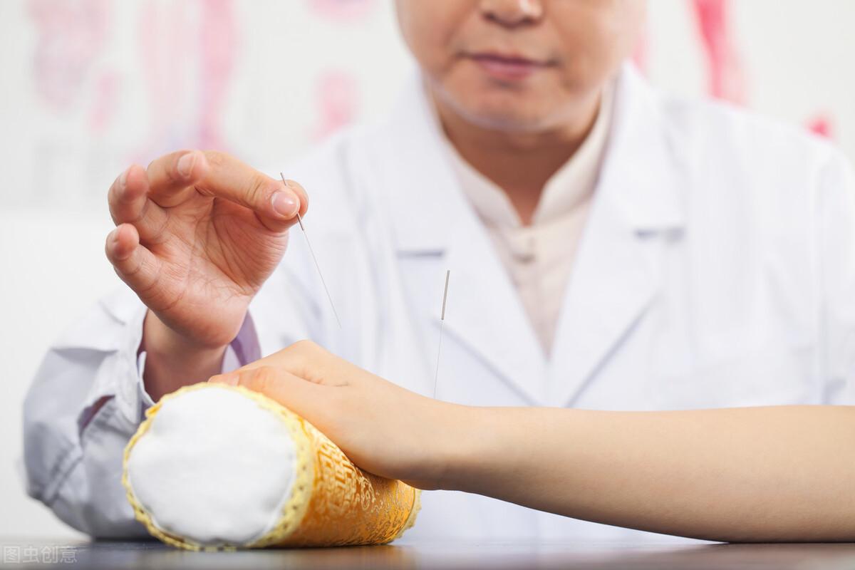 治疗腹泻中医有妙法,试试这5种方法,很神奇