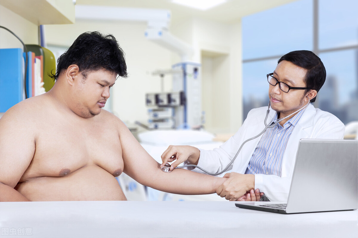 得了脂肪肝该怎么控制?饮食上的这5个要点要牢记,坚持做可恢复