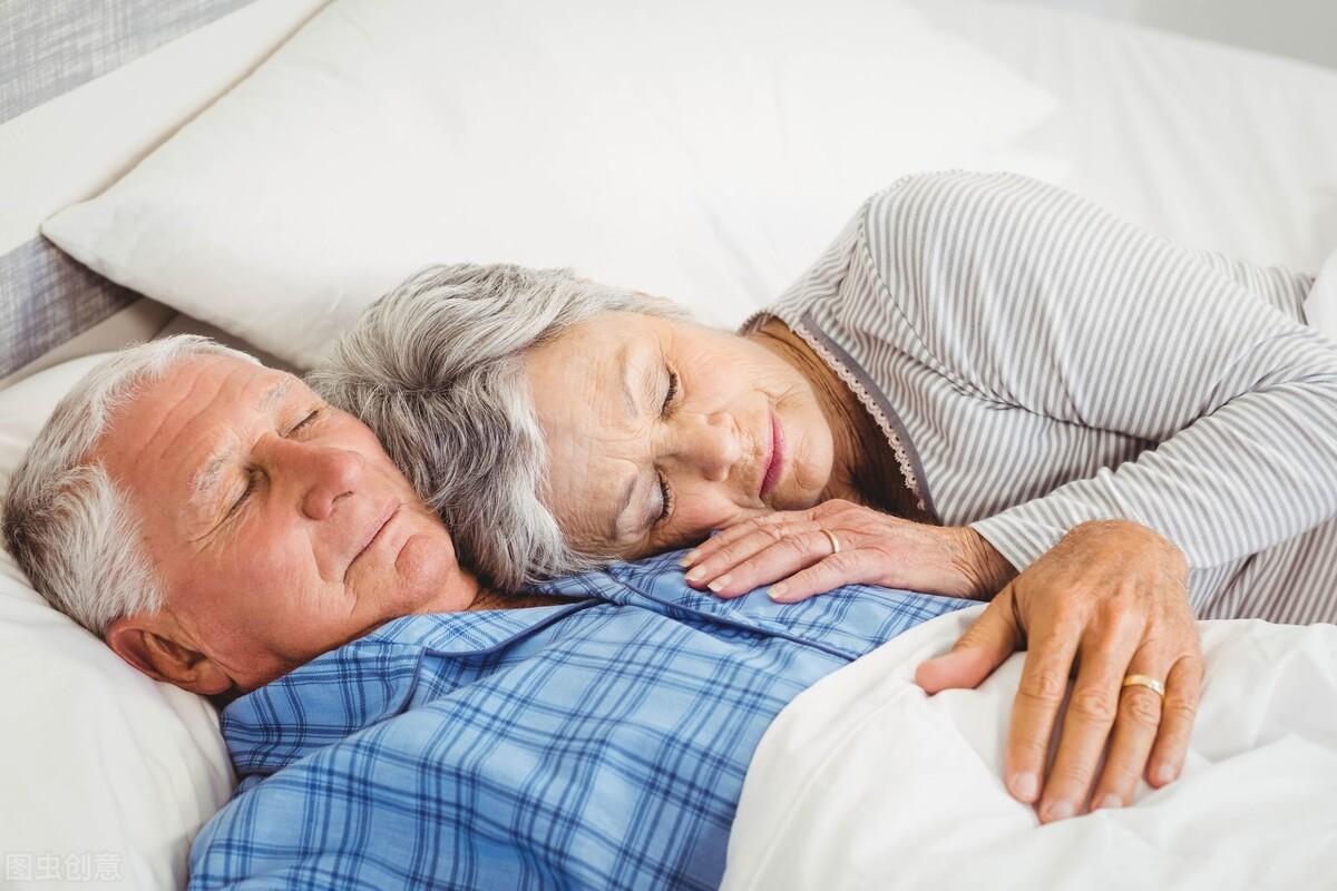 想要健康长寿,生活习惯很重要,坚持做8件事,或有助于延年益寿